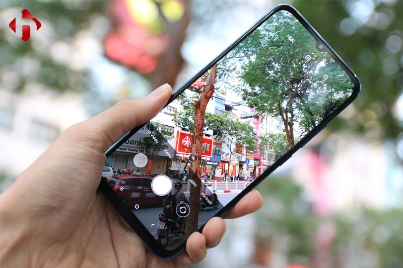 Redmi 10X 5G có cụm 3 camera sau