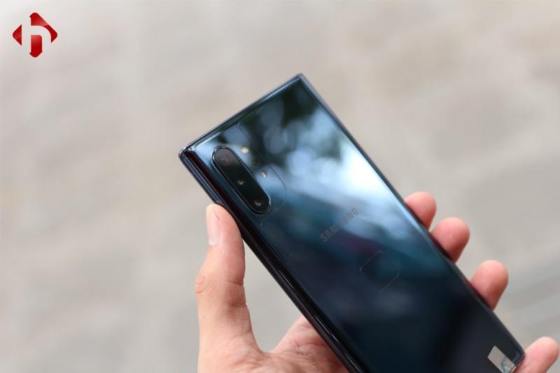 So sánh Galaxy Note 20 Ultra và Note 10 Plus