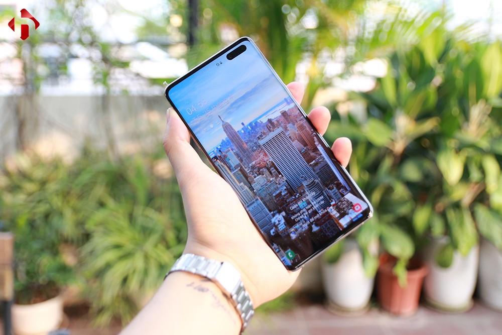 Mặt trước Samsung S10 5G