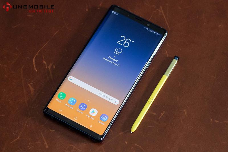 So sánh Galaxy Note 9 - Galaxy S10e: Cùng 13 triệu, có đáng để nâng cấp