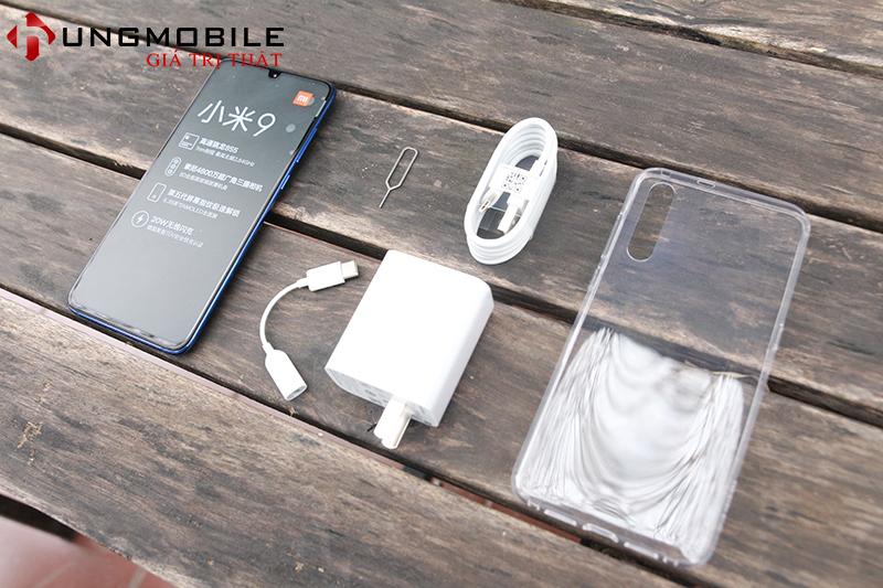 Mở hộp Xiaomi Mi 9 xách tay