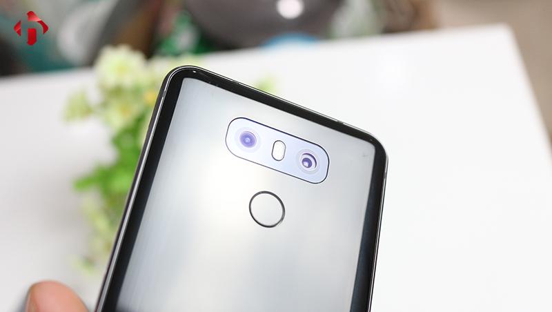 Camera sau LG G6