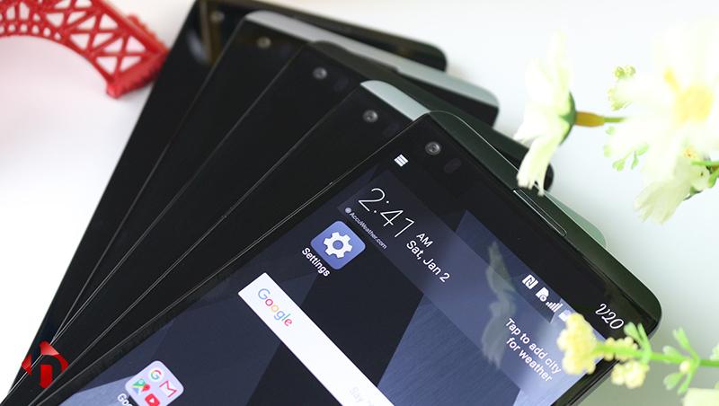 LG V20 trang bị 2 màn hình phụ