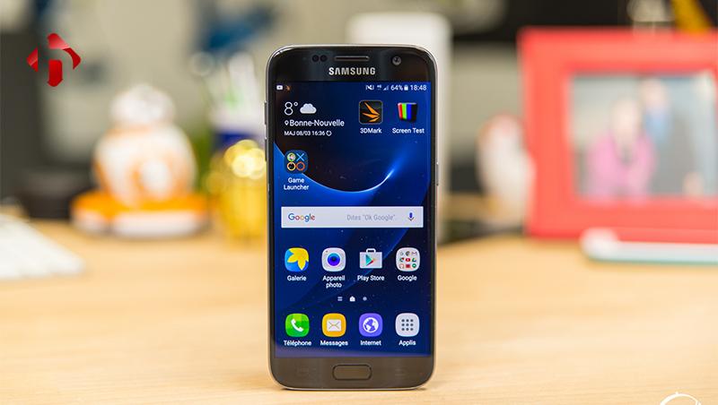 Màn hình hiển thị trên Galaxy S7 sắc nét và vô cùng nịnh mắt