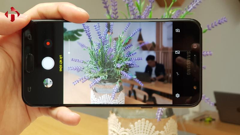 Camera trên Galaxy J7 Plus
