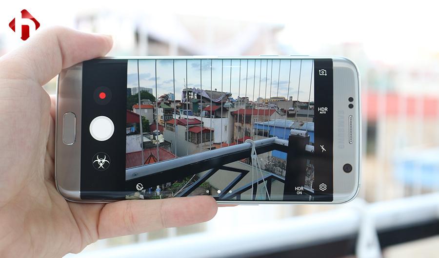 Camera của Galaxy S7 Edge có độ phân giải 12.MP