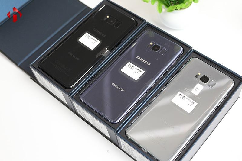 Mặt lưng của Galaxy S8 Plus Mỹ