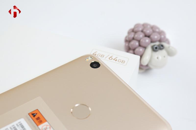 Camera trên Xiaomi Mimax 2