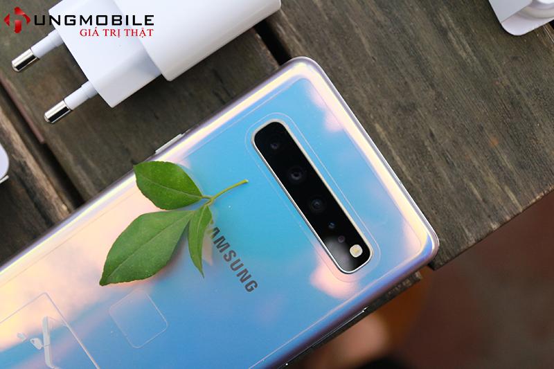 Mở hộp Galaxy S10 5G Hàn, đặc biệt nhất khác gì bản S10 thường tại Việt Nam?