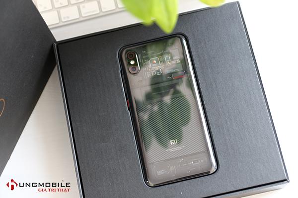 Xiaomi Mi 8 EE mở bán