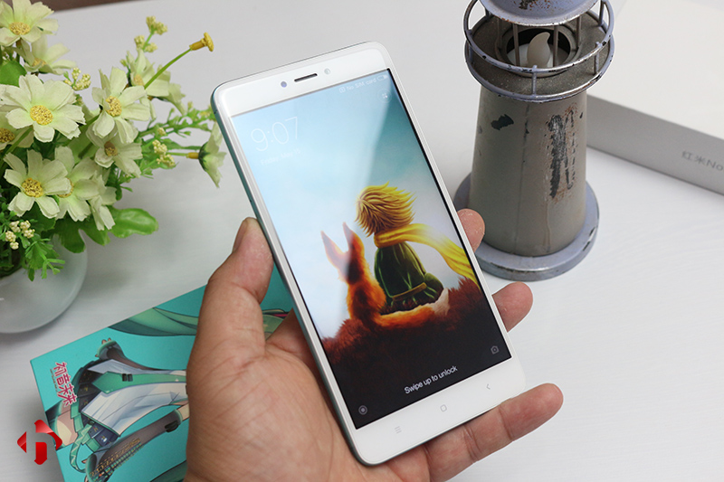 Mặt trước Xiaomi Redmi Note 4X