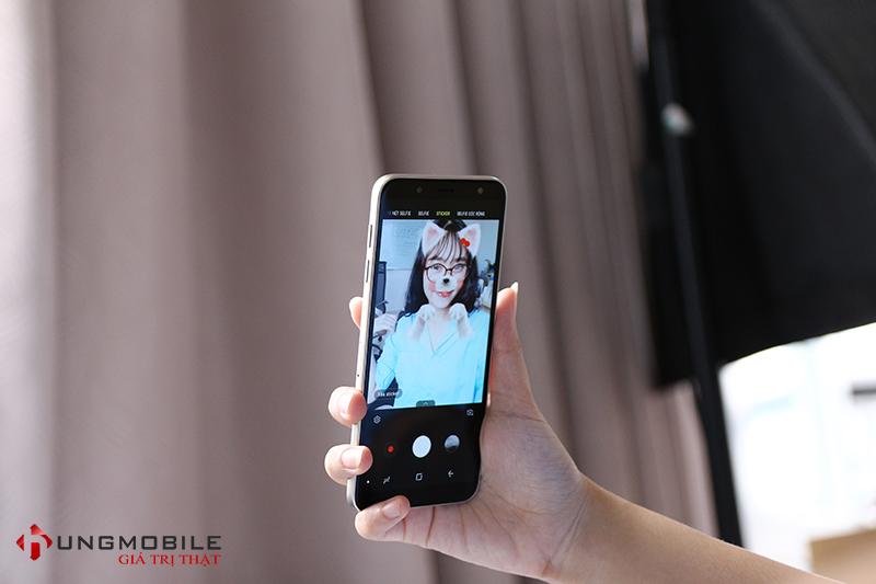 Camera trước Samsung Galaxy J6 2016