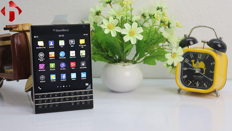 Blackberry passport pháp