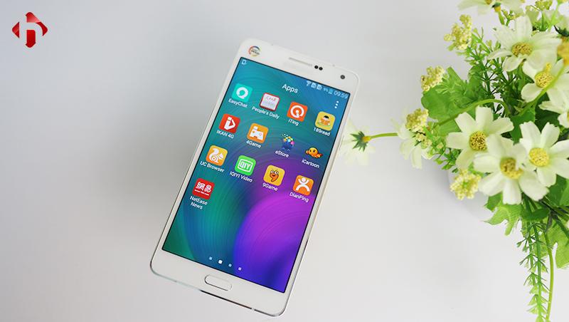 Thiết kế mặt trước Samsung A7 2015