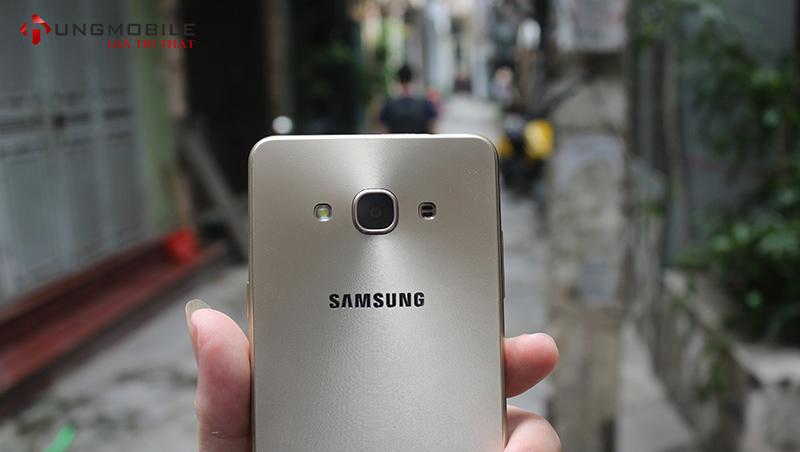 đánh giá chi tiết Galaxy J3 Pro