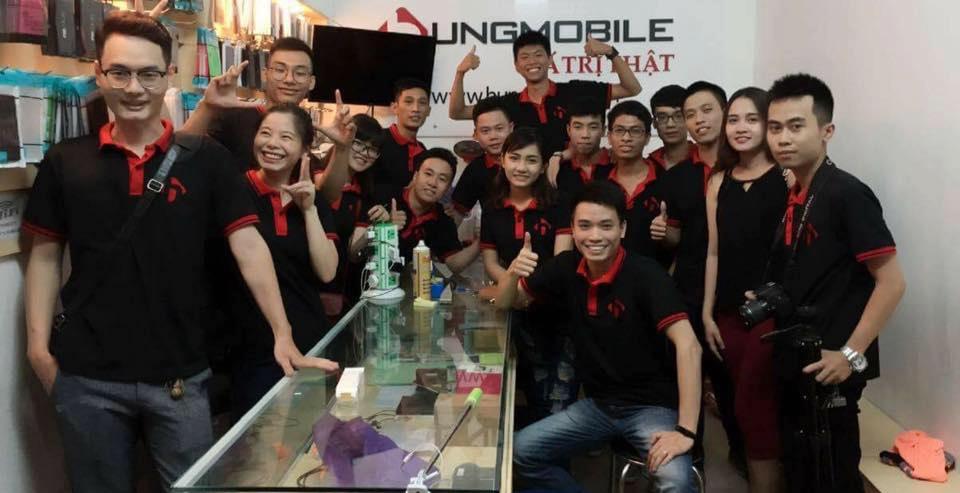 Đội ngũ nhân viên tại HungMobile