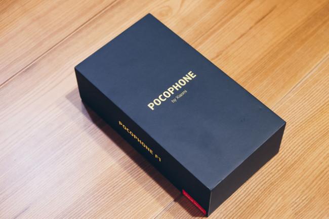 Pocophone F1 64GB Chính Hãng DGW( Mới Nguyên Seal)