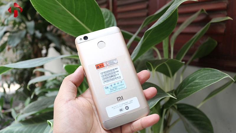 Xiaomi redmi 4x có thiết kế mặt sau ấn tượng