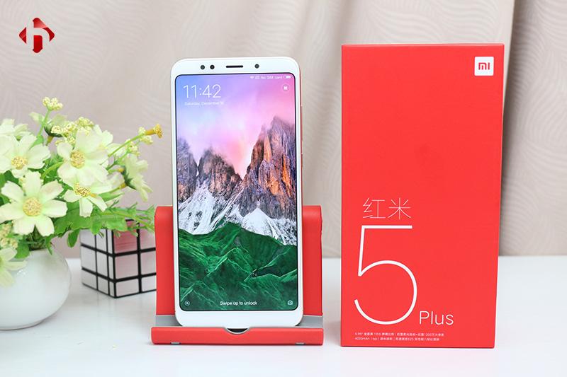 Mở hộp Xiaomi Redmi 5 Plus. Màn hình Vô Cực siêu đẹp, Pin 4000 mAh | HungMoible